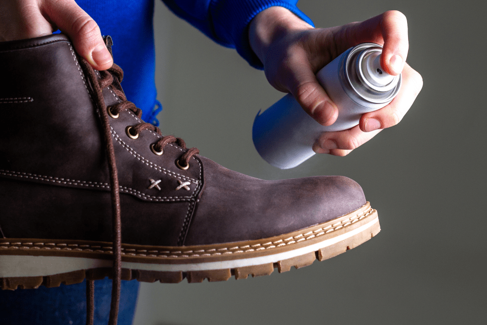 how-to-clean-shoes-with-suede-11
