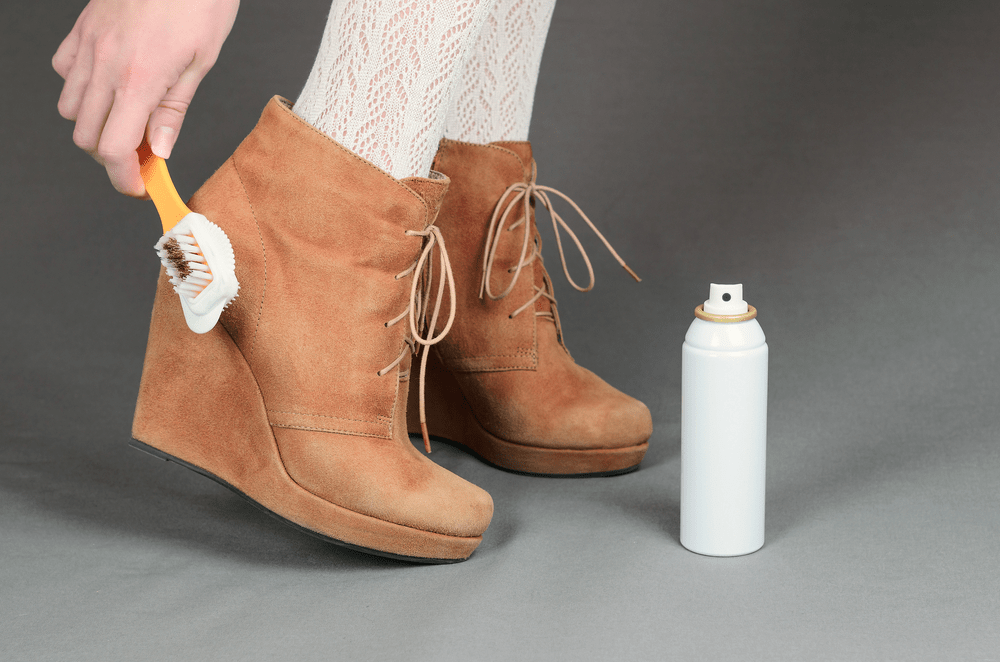 how-to-clean-shoes-with-suede-2
